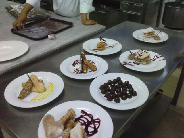 Cocina de maestros postres en la restauraci n 2 parte for La cocina de lechuza postres