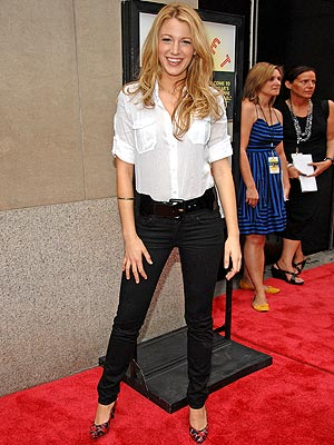 Blake Lively Tape on Download Hidden Camera Tape