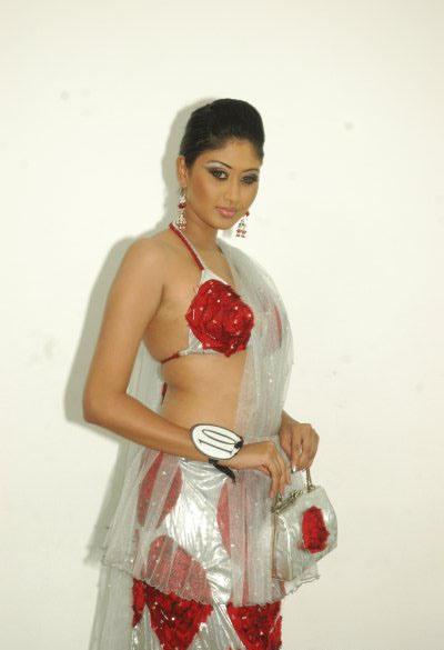 http://4.bp.blogspot.com/_Kqm3dfxyOiI/S-j1bP5x8bI/AAAAAAAAX2s/_vDERvO_MWE/s1600/piyumi_Leeniyagala%40+Srimodel.blogspot.com+%2814%29.jpg