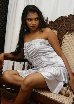Sinhala Wal - Sri Lankan Sexy Girls Pictures, Photos and Videos