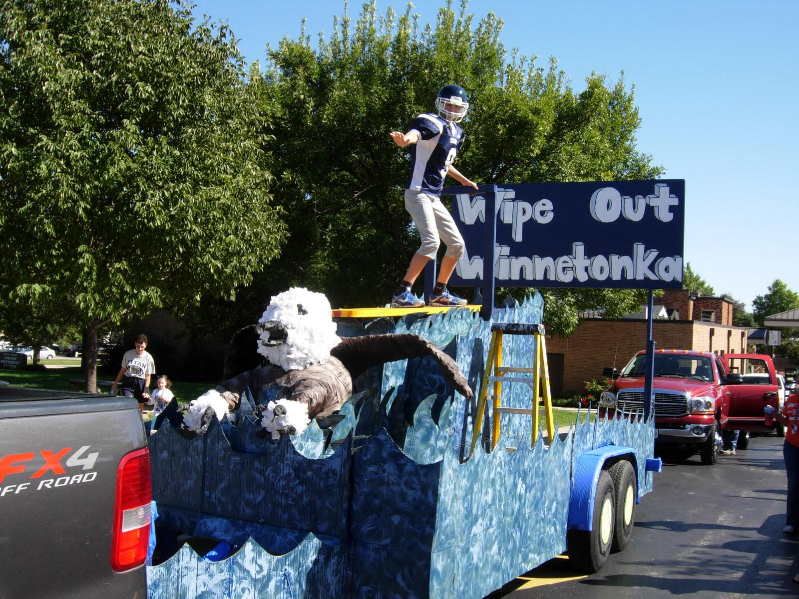 High School Homecoming Parade Floats http://lswsoftball.blogspot.com/