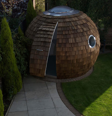 Spherical Design in Rustic Western Red Cedar Wood Shingles