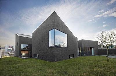 Modern House by Twee Architecten in Belanda