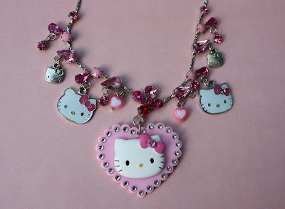 اكسسوارات ماركة  Hello Kitty hello-kitty-rhinesto