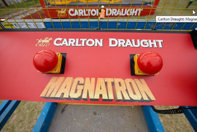 Carlton Draught Magnatron ambient advertising