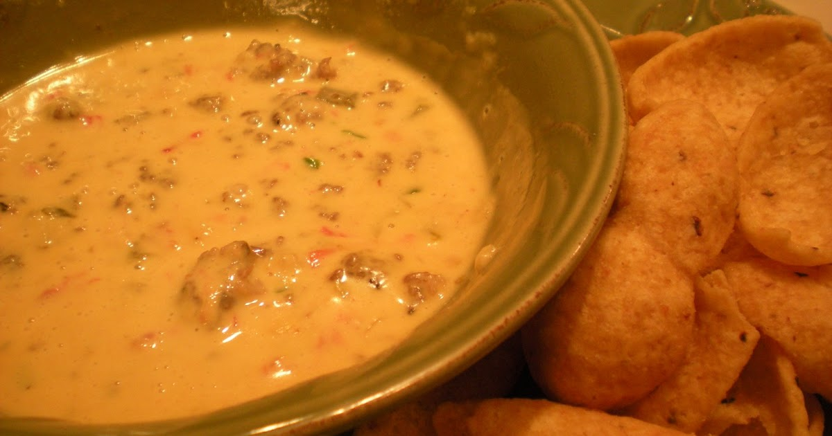My Sister's Kitchen: Chili Con Queso Revved Up