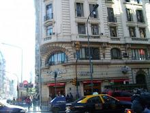 Confitería La Opera, en Callao y Corrientes, Bs. As