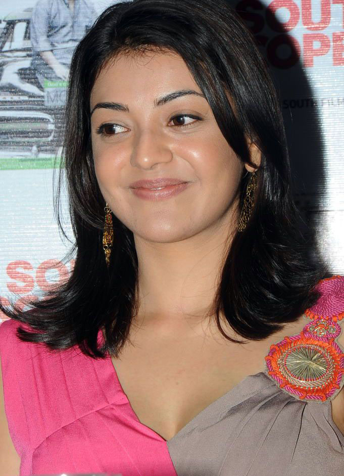 kajolagarwal latest spicy stills