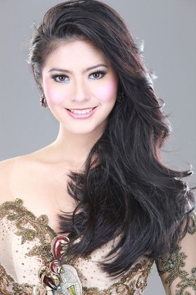 Indonesia on Miss Universe 2010 Contestants  Part 2  Miss Ecuador   Miss Italy