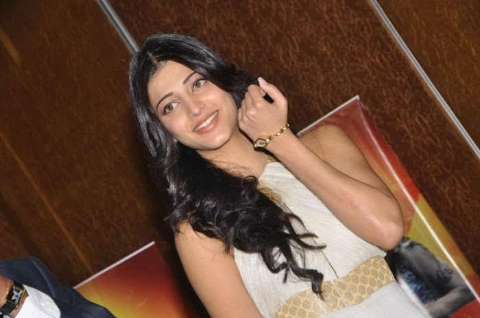 shruthi han at sonata aod collection of watches shruthi han at sonata aod collection of watches actress pics