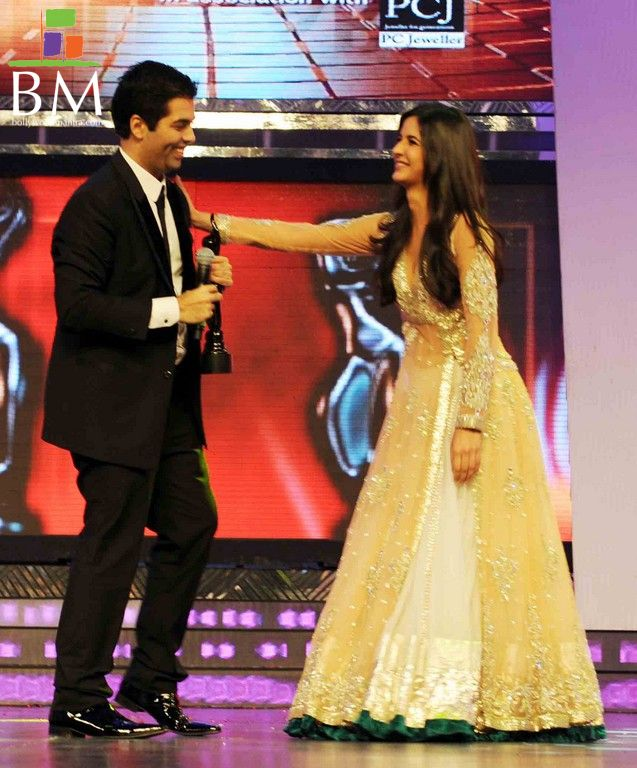 Katrina kaif at th FilmFare awards photos gallery pictures