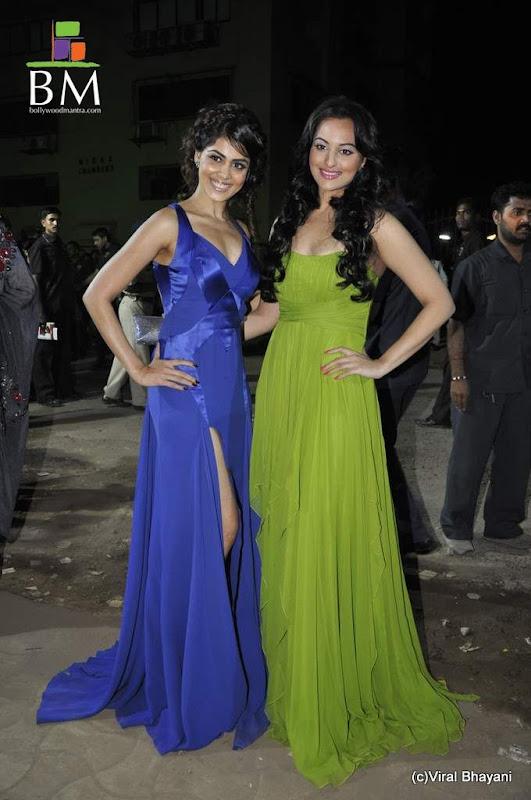 Photos Genelia at th Idea Filmfare Awards photos hot photos