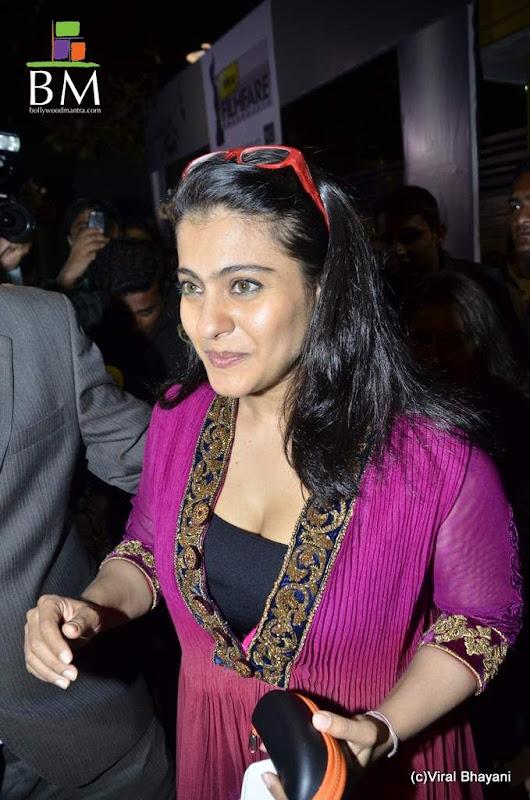 Kajol at th Idea Filmfare Awards photos hot photos