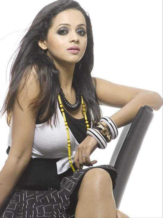 Bhavana new photo shoot photos gallery pictures