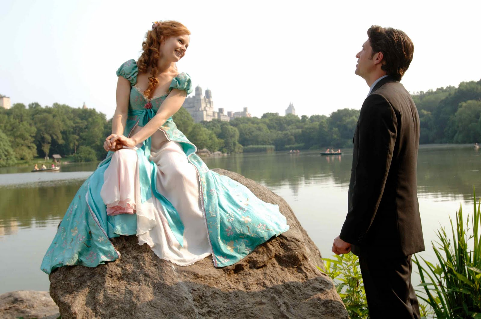 http://4.bp.blogspot.com/_KzzmyBzkMbE/S8B1o8c6uyI/AAAAAAAAAO8/tL5bj8HX8R8/s1600/2007_enchanted_035.jpg