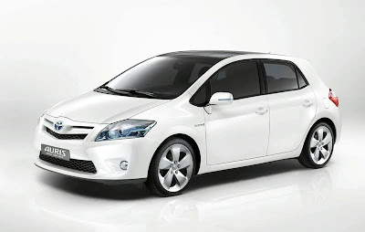 toyota-auris-corolla-hybrid-concept 2010