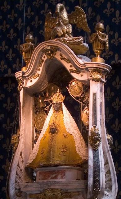 Nossa Senhora do Puy, ou Nossa Senhora da Penha,  também conhecida como a Virgem Negra