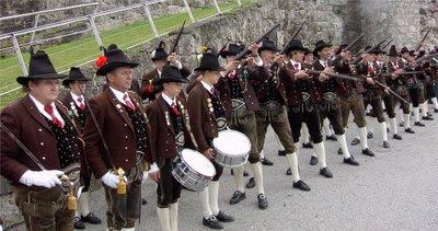 Schutzen (associações de atiradores do Tirol)