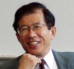 Dr. Takeda Kunihiko , vice-reitor do Instituto de Cincias e Tecnologia, Univ de Chubu, Japo:
