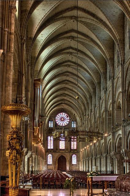 A presença da Igreja no caos inicial fez da Idade Média uma 'segunda Criação'