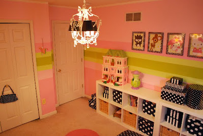 Girls room stripes and polka dots home decorating ideas for Girls bedroom paint ideas polka dots