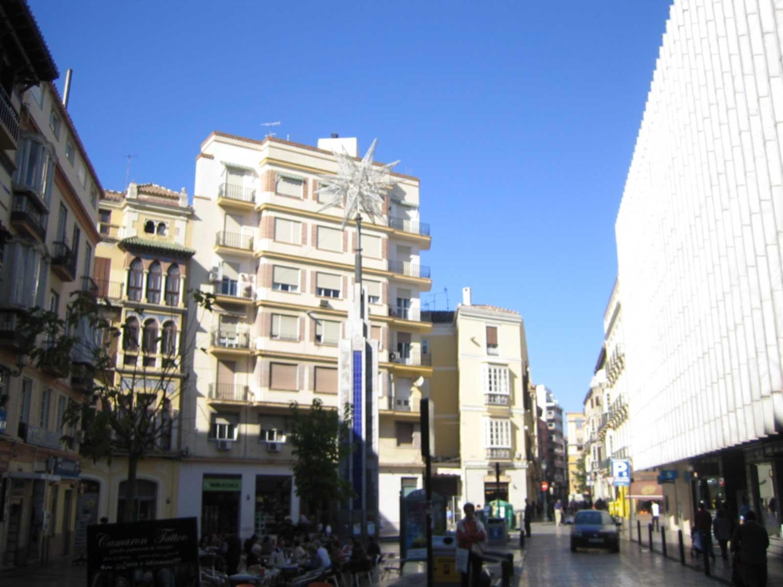 Paseando con inda calles y plazas de malaga iii for Plaza uncibay
