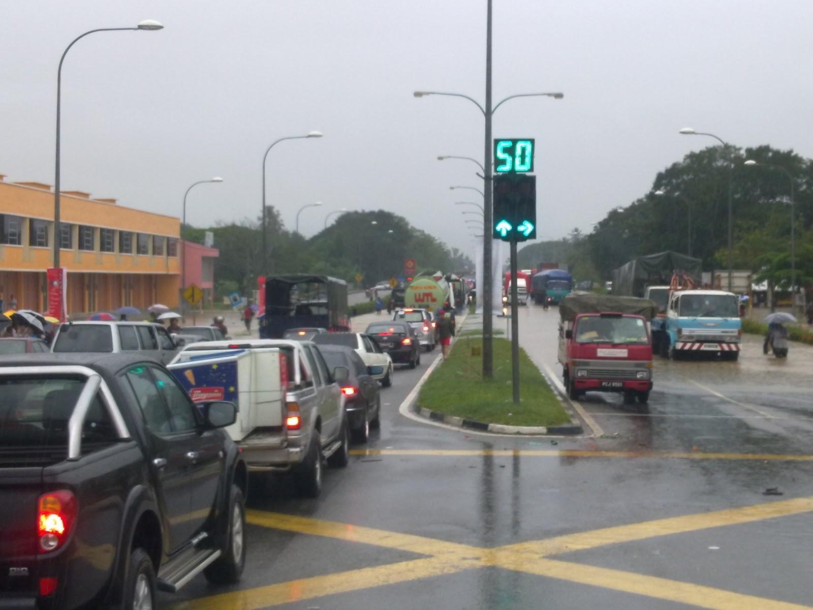 RADIO AMATUR CHANGLUN, KEDAH: Berita Terkini: Keadaan Banjir Di ...