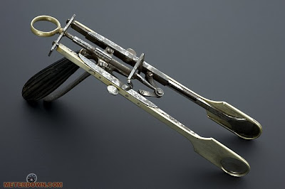 Double Guillotine (1860) - www.jurukunci.net