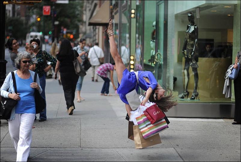 http://4.bp.blogspot.com/_L1y4XexY16s/TGgMXQXIwbI/AAAAAAAAZcw/QhTcLwDfh1c/s1600/dancers-among-us-01.jpg
