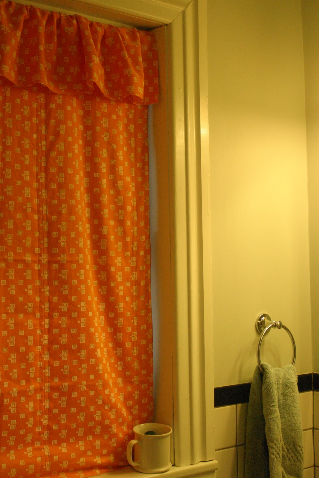 Thrift at Home: Creamsicle Curtain for the Bathroom