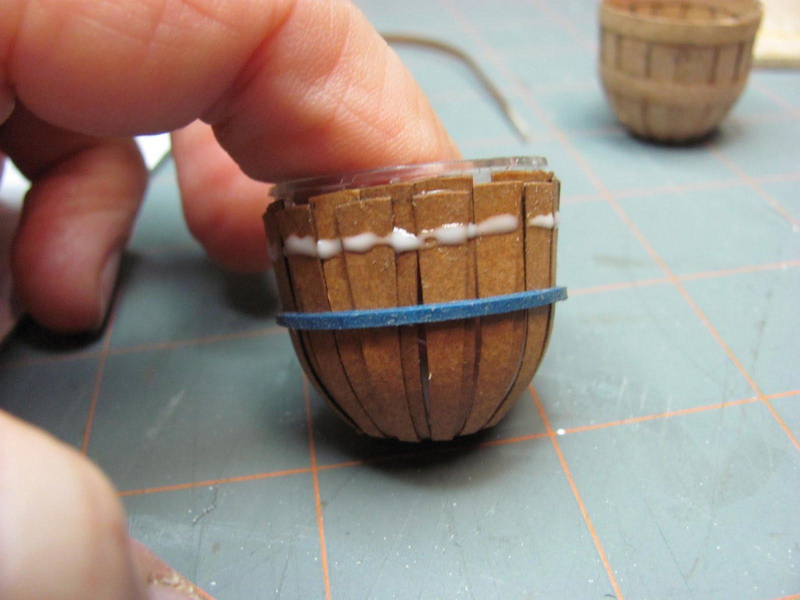 Как сделать миниатюрную корзиночку за 30 минут: публикации и 6