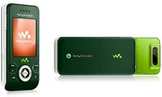 Sony Ericsson W580i in Green