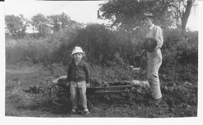 Annieinaustin, gardening with uncle H