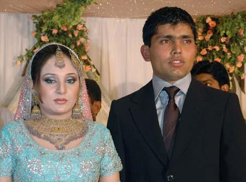 Kamran Akmal Wife Aaiza llyas1 Photos of Cricketers Wifes : Cricketers Wives and Girl Friend Pics,Images 