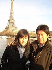 Pedro y su hija Nuria en Paris.