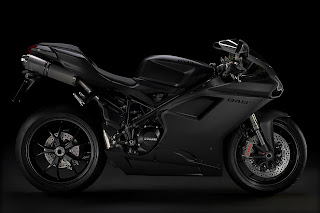 DUCATI ANNOUNCES THE 848 EVO SUPERBIKE