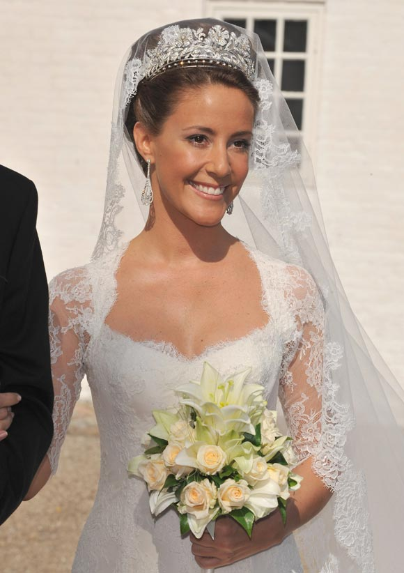 denmark princess mary wedding dress