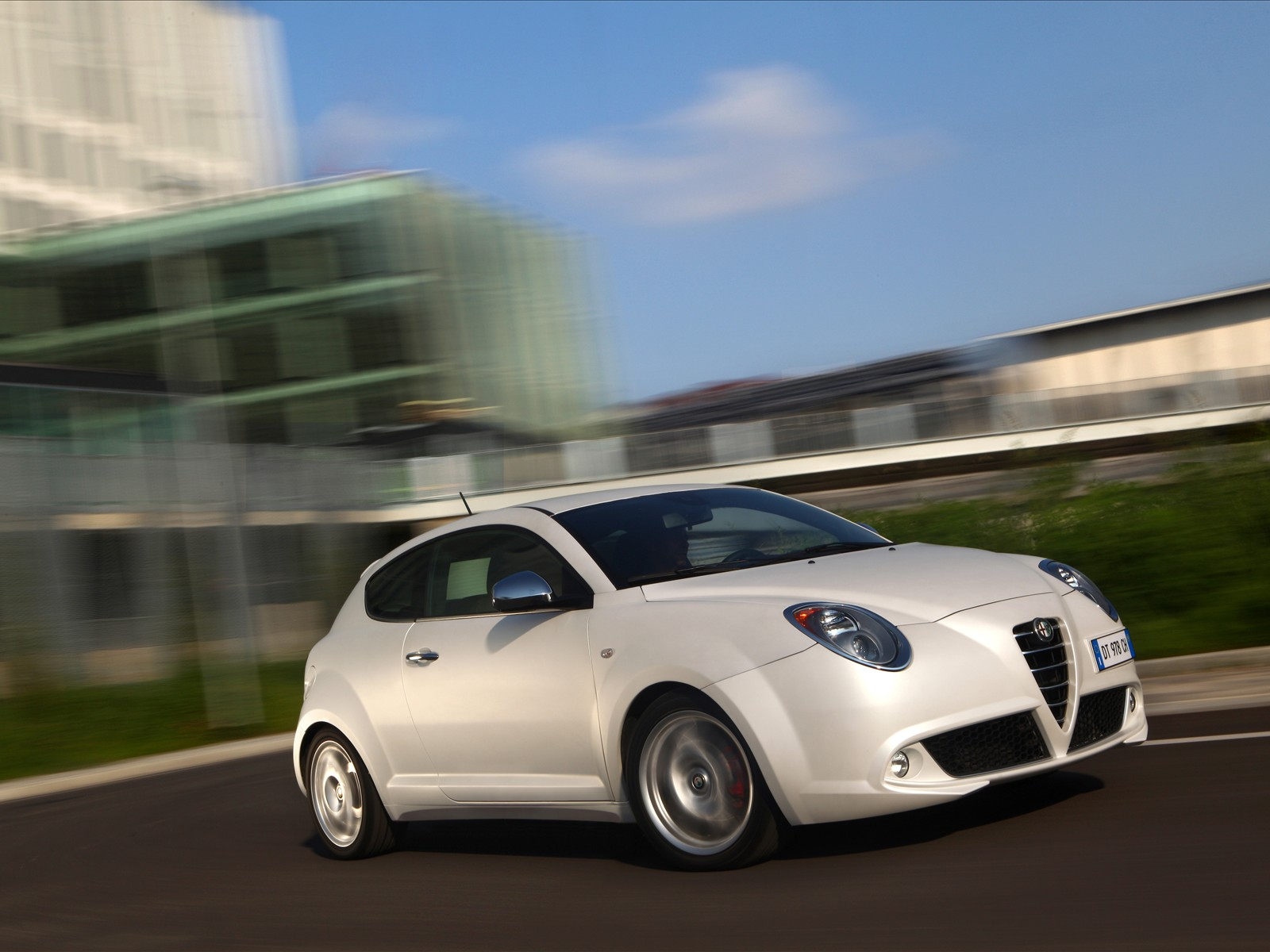 car pictures alfa romeo mito 1 4 multiair 2010. Black Bedroom Furniture Sets. Home Design Ideas