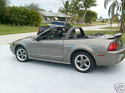2001 ford mustang gt convertible ford mustang. Black Bedroom Furniture Sets. Home Design Ideas