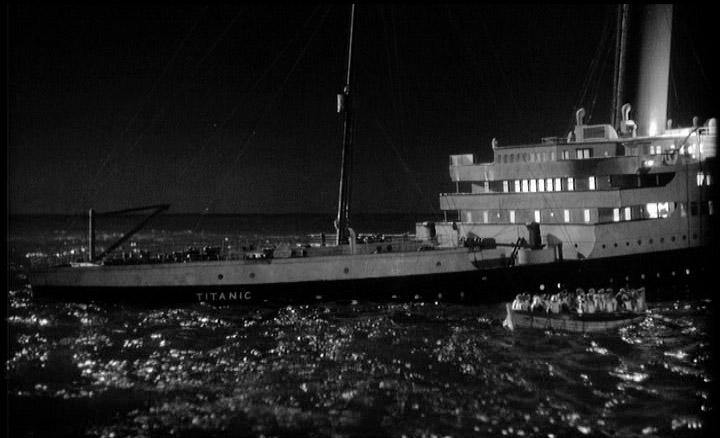 vejam minha inspiração so que nao vo te o destido dela hein ... Night+to+Remember+-+Titanic+sinking