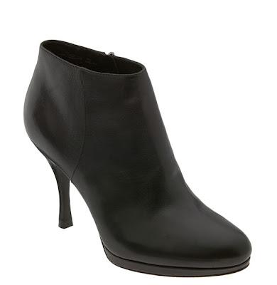 "Great Short Boots in Small Shoe Sizes: Via Spiga ""Linden"" Bootie"