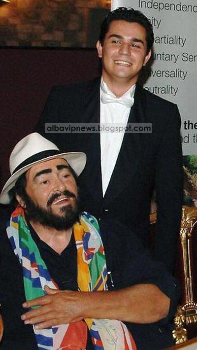 Saimir Pirgu me Pavarottin