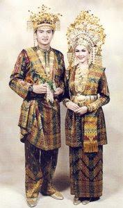 Pakaian Adat Melayu Riau