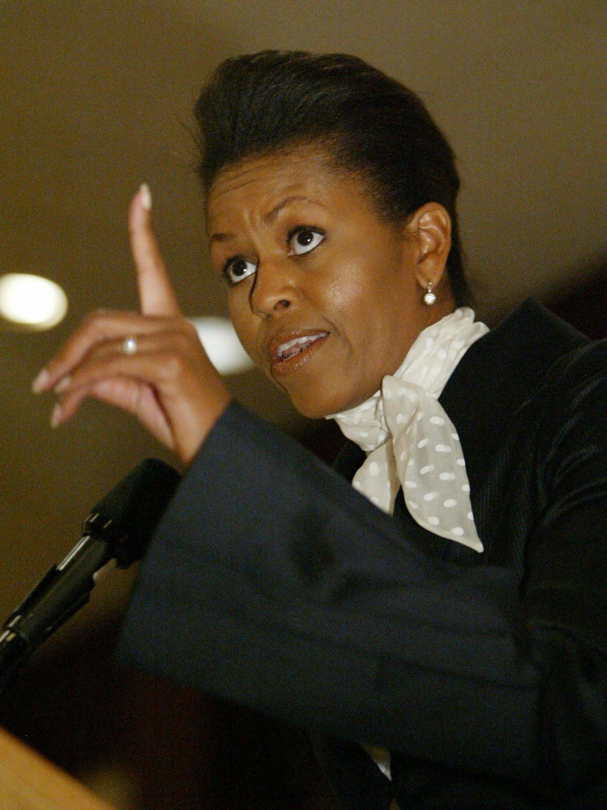 http://4.bp.blogspot.com/_LD_Ah5tLKV8/TEYDchW13SI/AAAAAAAAFz4/q_9aLPs3Lh4/s1600/Michelle_Obama_201.jpg
