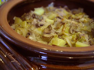 gourmet recipes - sausage with leek and mushrooms