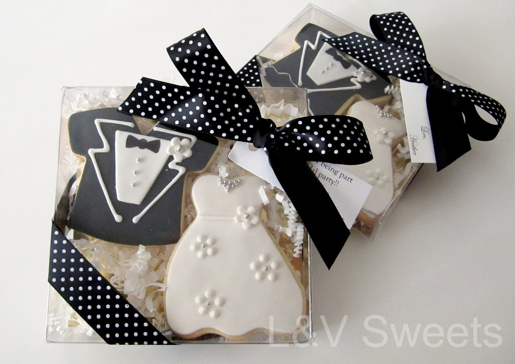 Wedding Keepsake Gifts For Guests : ... keepsake gift boxes filled with custom cookies made the perfect gifts