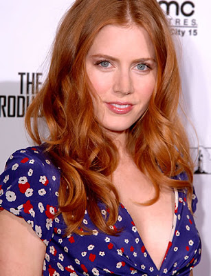 amy adams engaged. Sexy Amy Adams:Bio;movies and