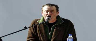 Don Lorenzo en un momento de la serie Los Hombres de Paco cuando habla en contra de Israel
