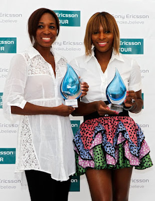 Black Tennis Pro's Venus and Serena Williams Win WTA Player Awards