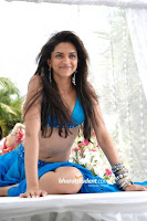 Deepika in Blue Yellow Bikini:Love aaj kaal